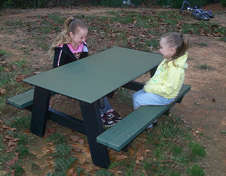 Recycled Plastic Kids Picnic Table - Kindergarten Size