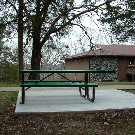 Handicap and ADA Commercial Picnic Tables